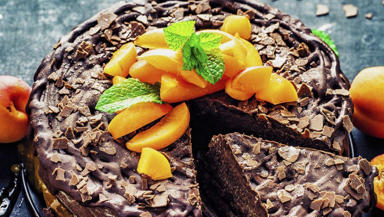 Nobake-Schokoladen-Avocado-Aprikosen-Cheesecake einfaches Rezept