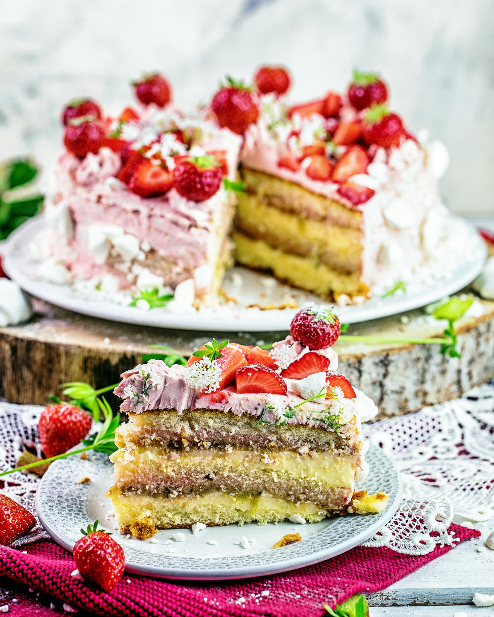 Rharbarber-Erdbeer-Pudding-Torte- einfaches Rezept mit fertigen Böden