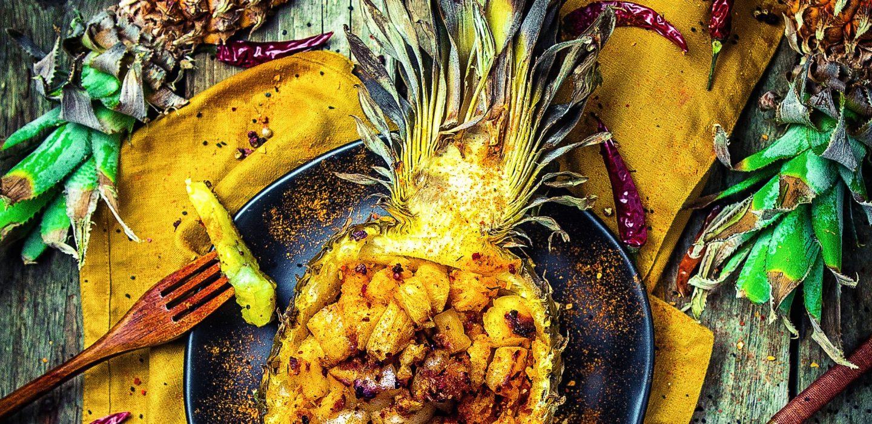 afrikanische-halloumi-ananas vom grill einfaches rezept für vegetarisch grillen