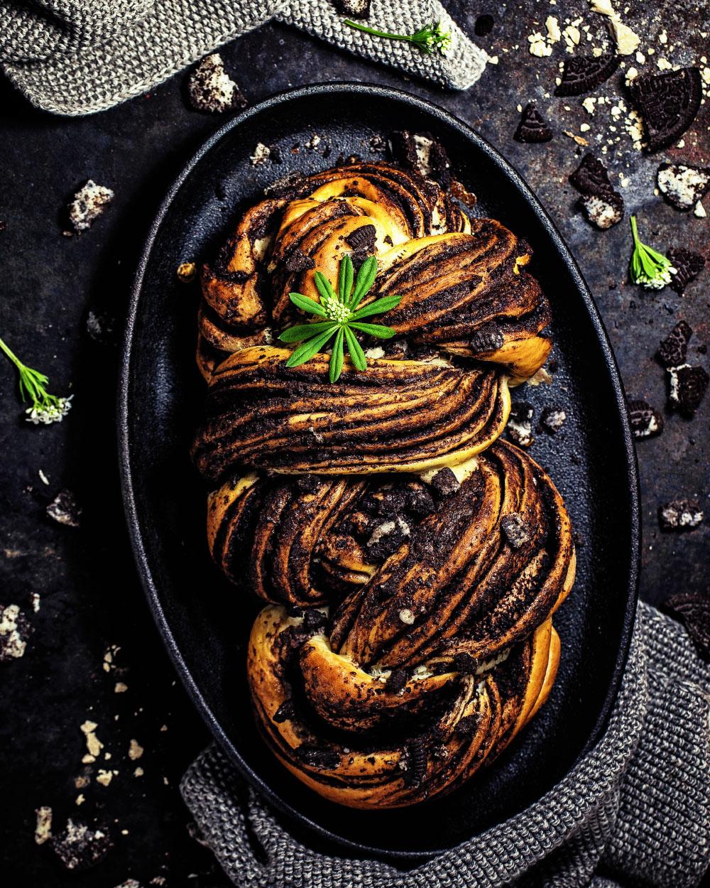 Oreo Hefezopf einfaches und schokoladiges Rezept für eindrucksvollen Keks-Kranz mit Oreo