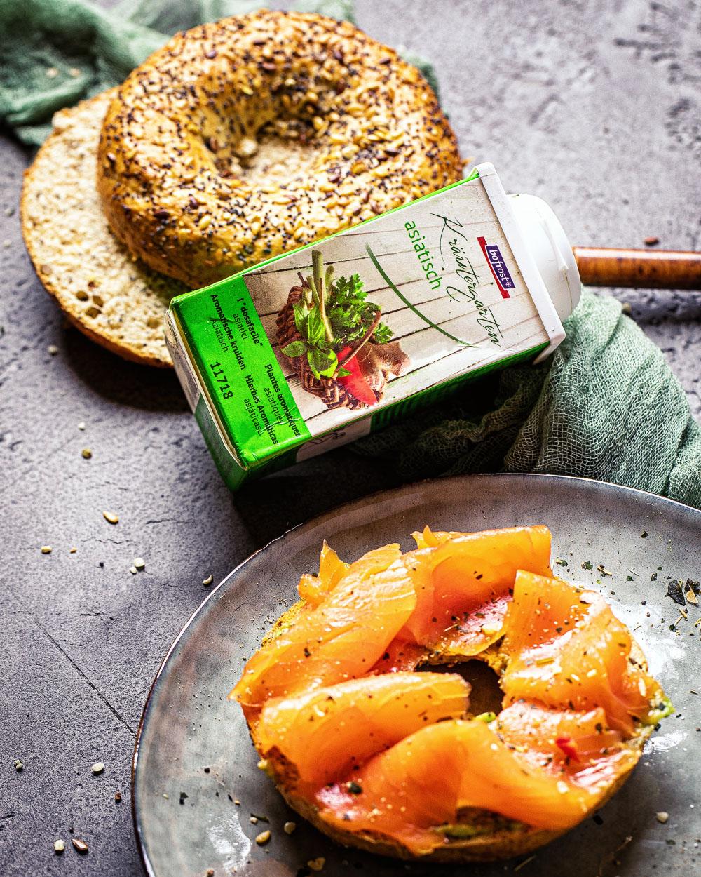 Bofrost-Avocado-Lachs-Bagel-asisatisch-einfaches-rezept-schnelles-frühstück