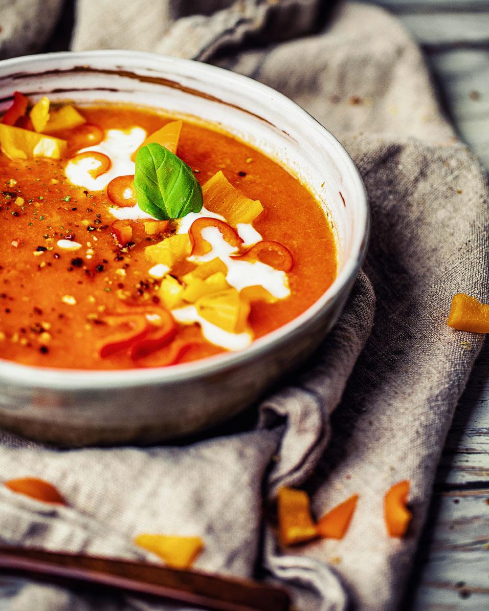 Schnelle Paprikasuppe einfaches veganes Rezept