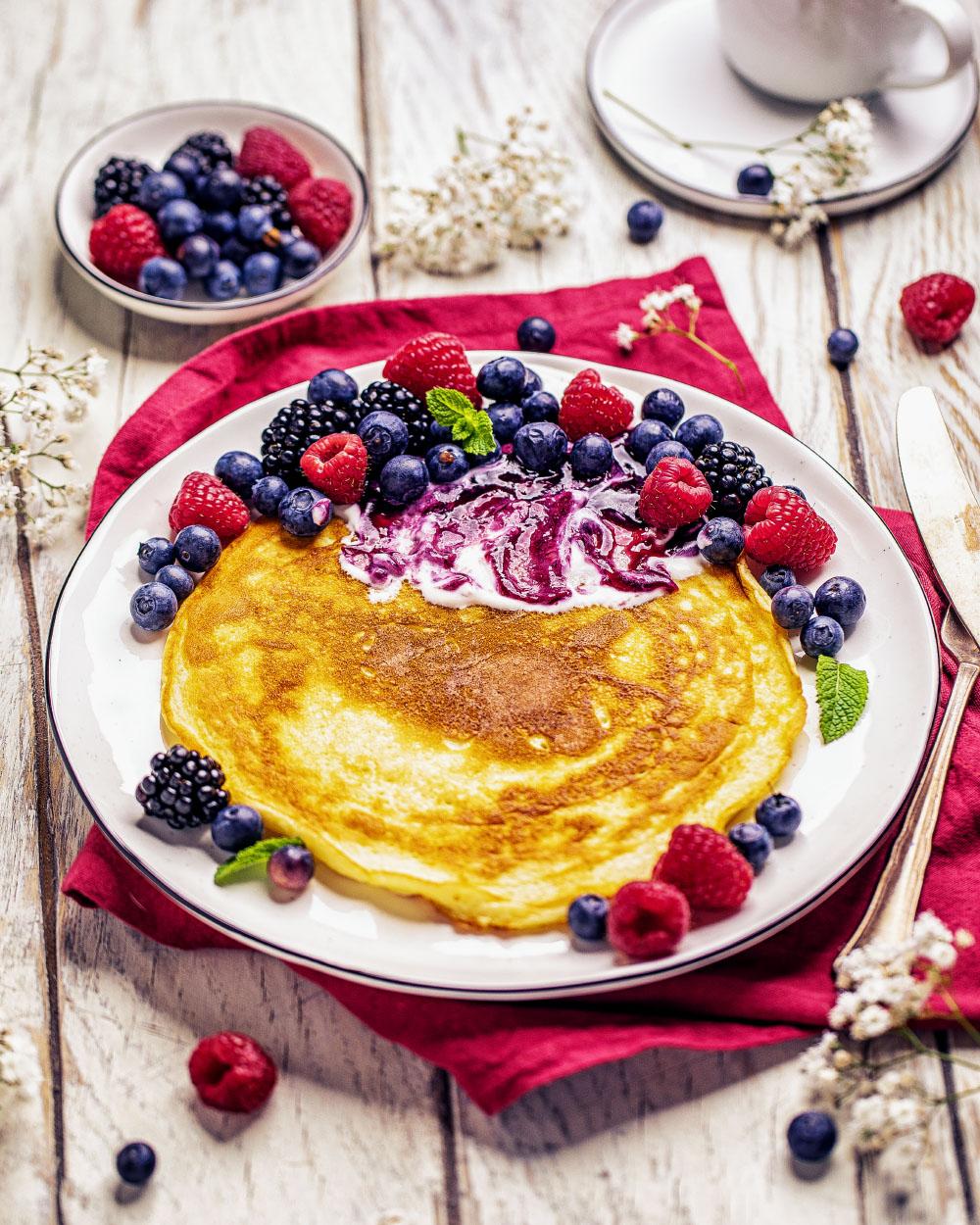 Jogurt Pfannkuchen mit beeren einfaches rezept