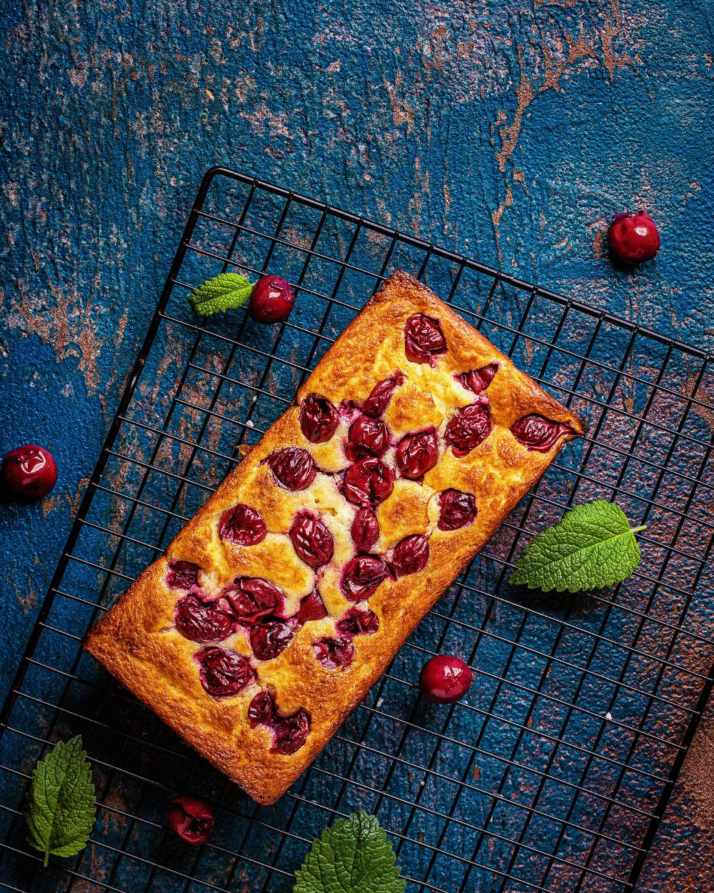 Kirsch-Grieß-Kuchen einfaches Rezept kalorienarm backen