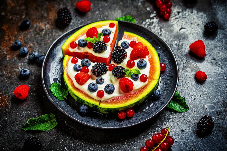 Süße melonen pizza einfaches rezept kalorienreduziert frühstücken fitfood