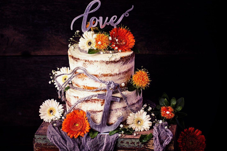 Aprikosen-Vanille Semi Naked-Cake Hochzeitstorte einfaches Rezept Heike Herden Maintal