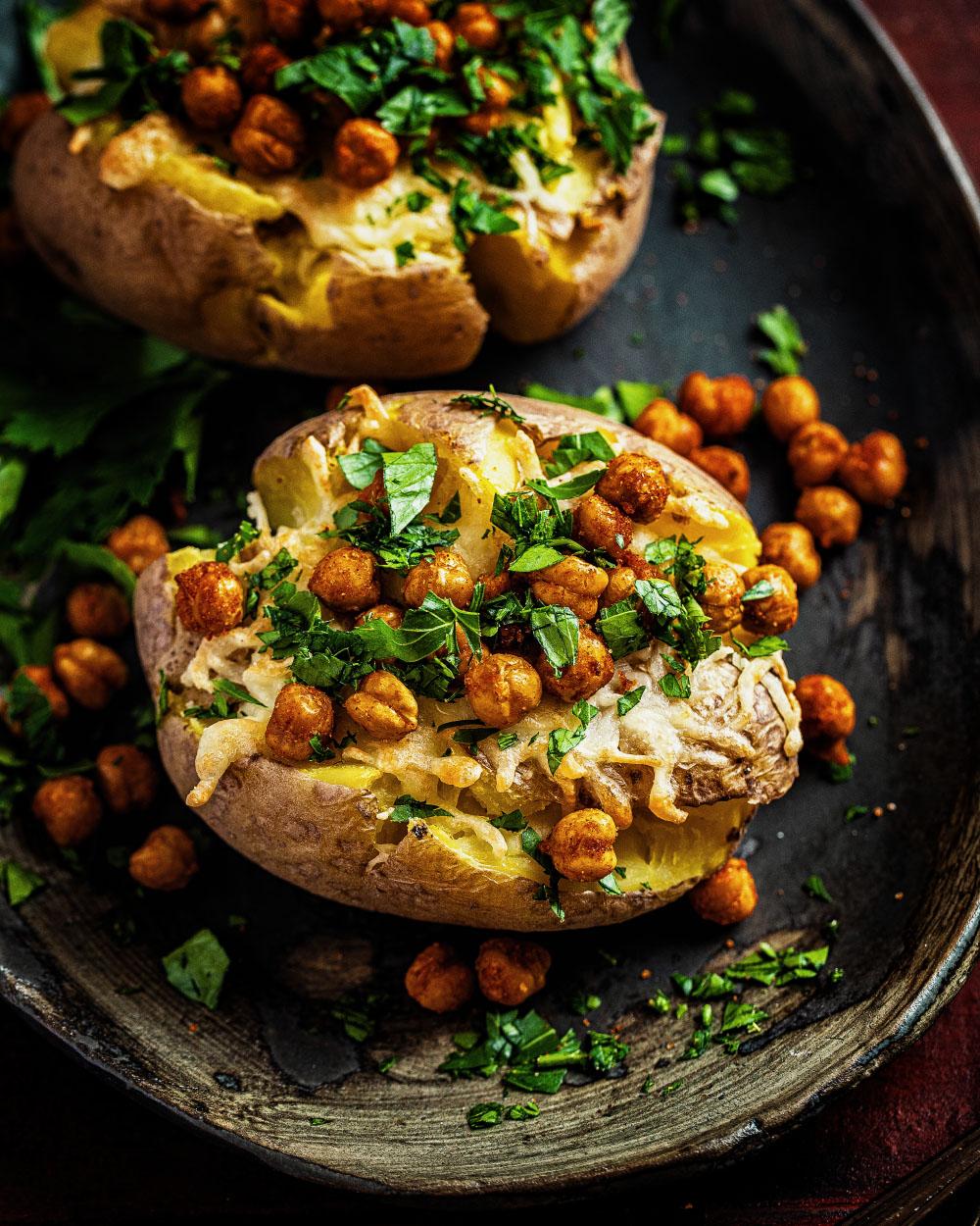 smashed potatoes aus der heissluftfritteuse einfaches rezept heike herden geroestete kichererbsen